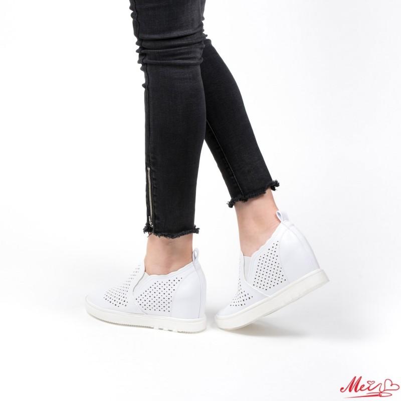 Pantofi Sport Dama cu Platforma K239 White Mei