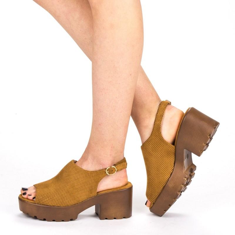 Sandale Dama cu Toc si Platforma WH17 Camel Mei