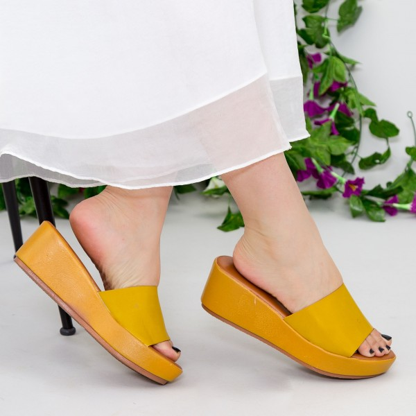 Papuci cu Platforma ZX1 Yellow Mei